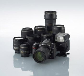 Nikon-LensandFlashLineUp.jpg