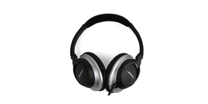 http://reviewed-production.s3.amazonaws.com/attachment/e505ac3dc5fa136a8f8b9adc2ddd7c9dbd02e38e/s300x150_Bose_AE2_Headphones_HPI.jpg