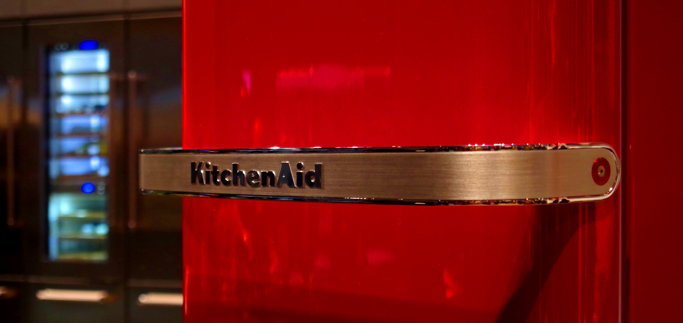 Kitchenaid Unveils Retro Refrigerators In Europe